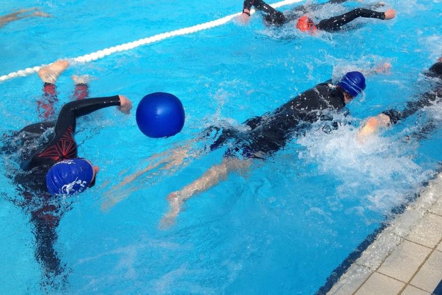 Bojen schwimmen