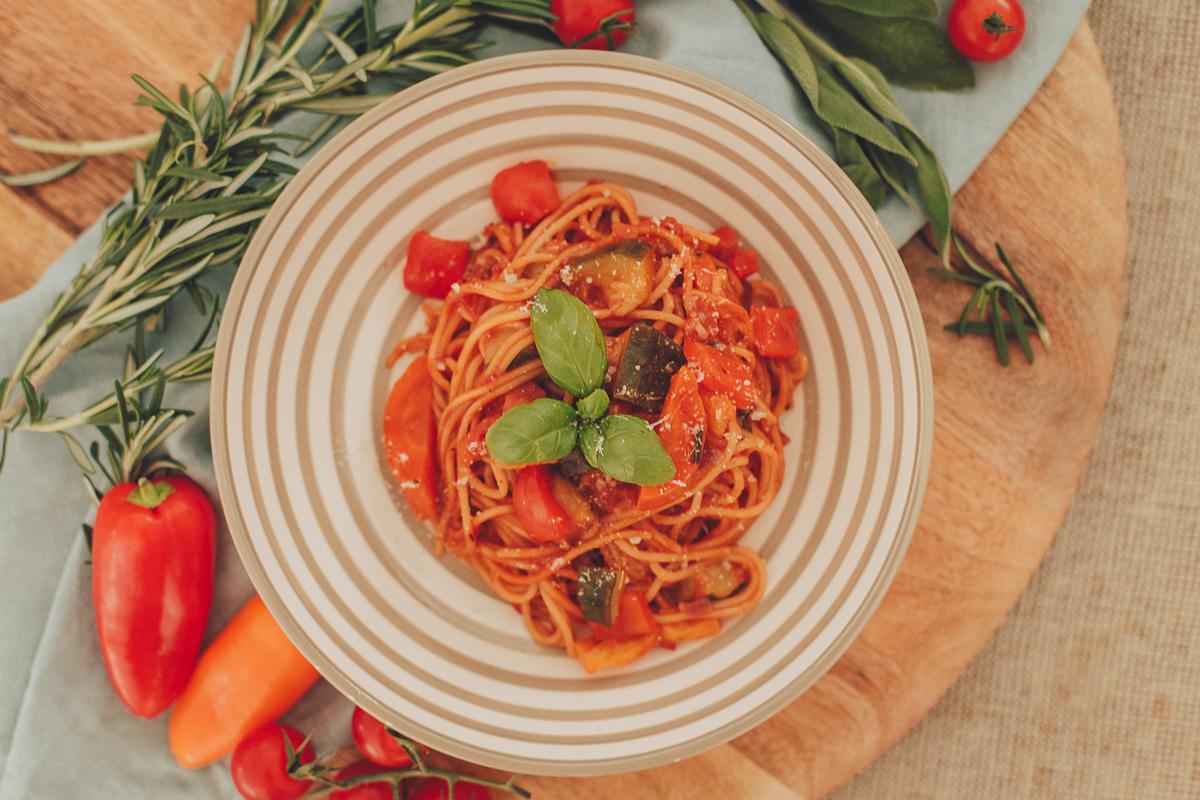 Spice up your life: vegetarische Gemüse-Pasta