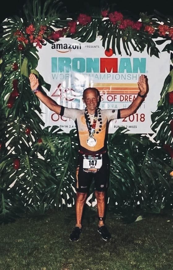 Hans nach seinem Finish auf Hawaii 2018